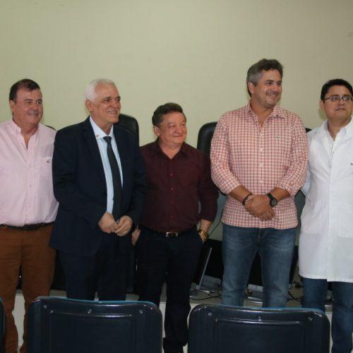 Fundação Hospitalar do Piauí entrega 20 computadores ao Hospital Getúlio Vargas