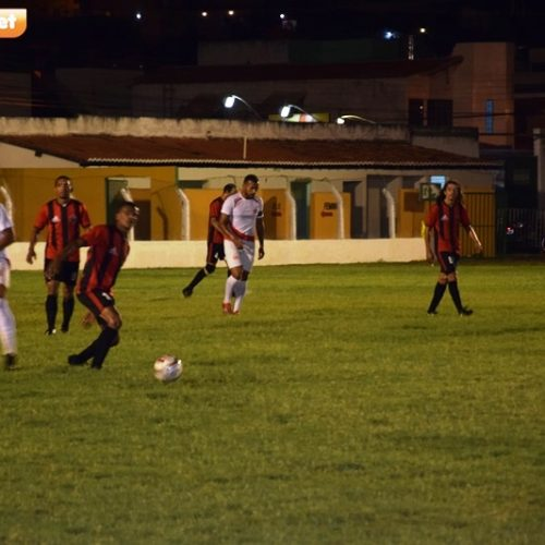 Com gol contra, jogo entre Semel Picos e Santa Cruz termina empate na abertura do Gigantão da Malva