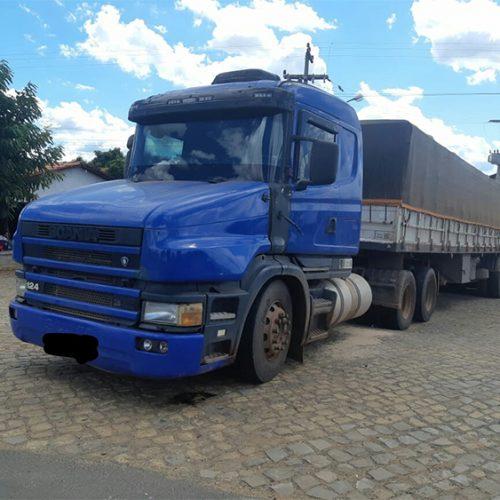 Motorista flagrado com documento falso de carreta é preso no interior do Piauí
