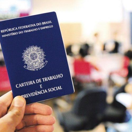 Brasil cria 43.820 vagas de emprego em julho, aponta Caged
