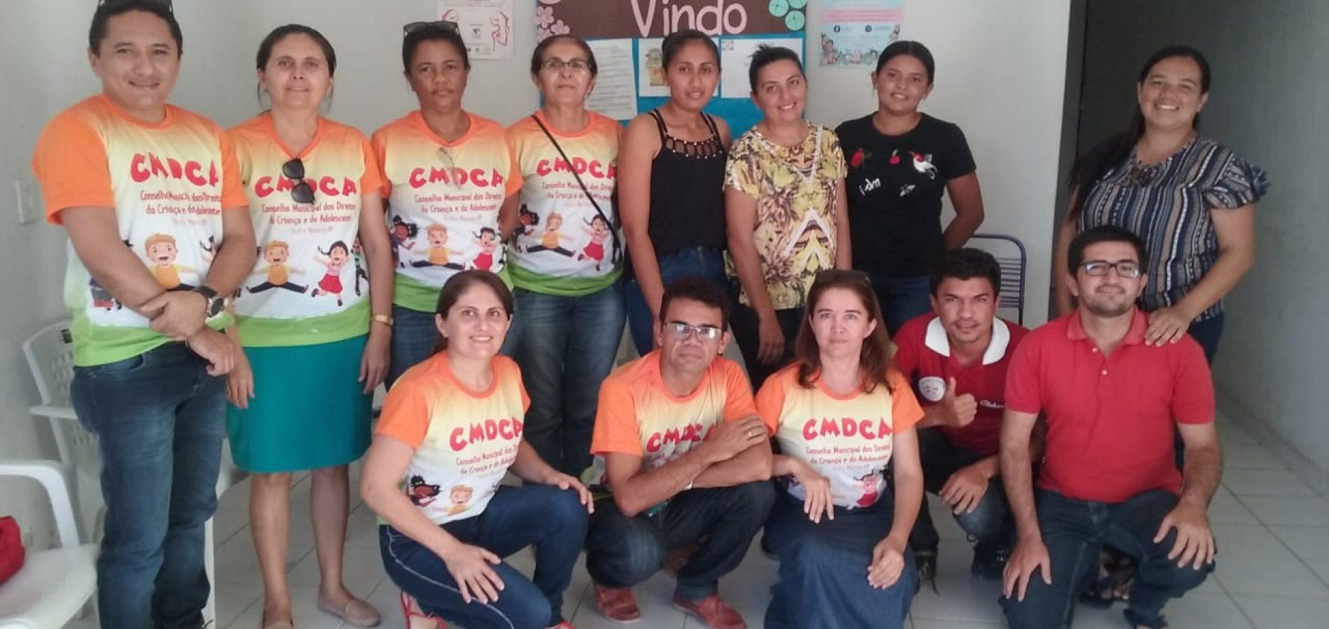 CMDCAde Padre Marcos se reúne com Conselho Tutelar para planejar ações de proteção a criança e o adolescente