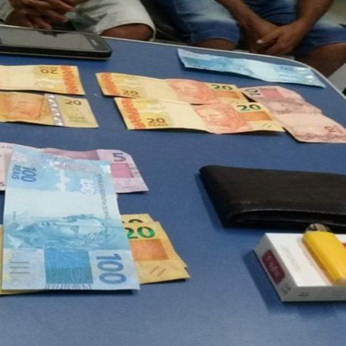 Homens são presos suspeitos de usar notas falsas para comprar bebida e comida em festa no PI