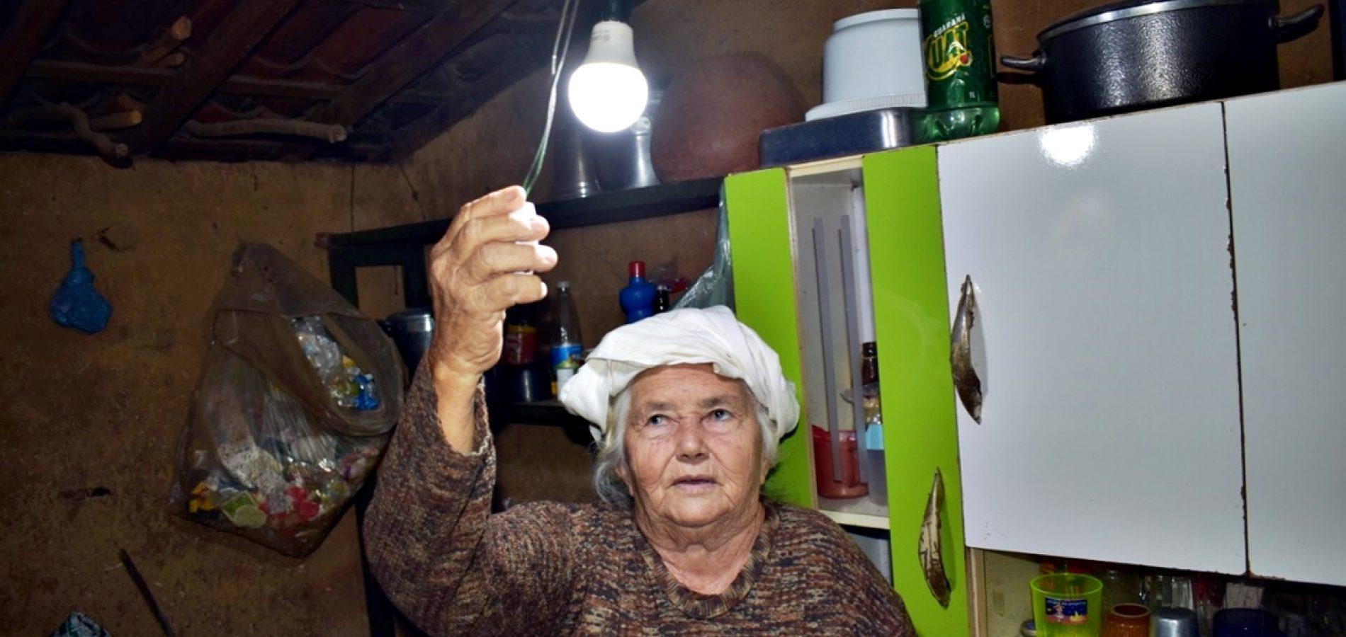 Chegada da energia elétrica transforma a vida de famílias no interior de Belém do Piauí
