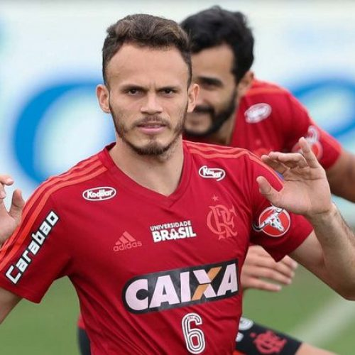 Jogador piauiense do Flamengo é 'atacado' na internet