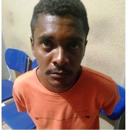 Homem é capturado em Picos após assaltar lanchonete com arma branca