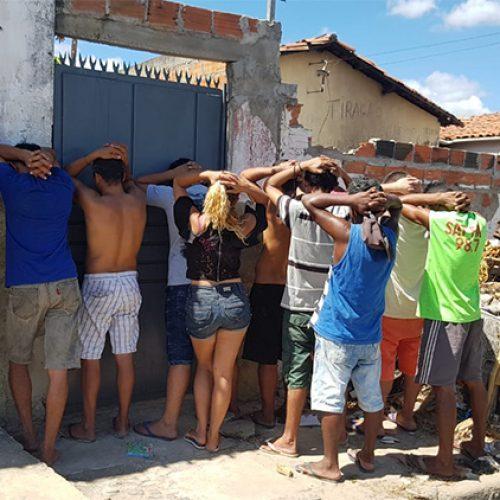 Operação Bambu prende 3 pessoas por tráfico de drogas