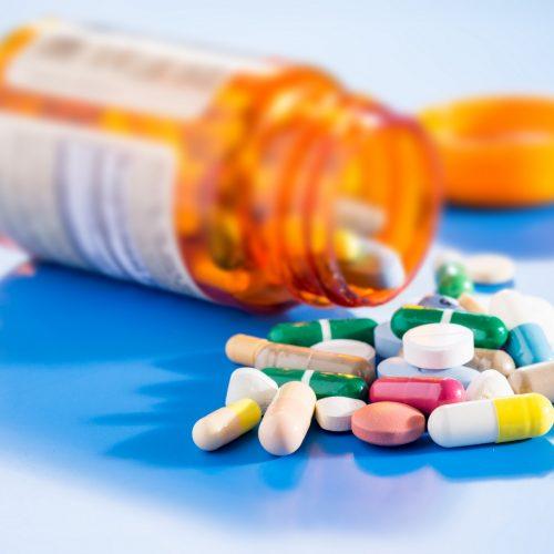 Governo Federal suspende remédios e deixa 30 milhões sem tratamento