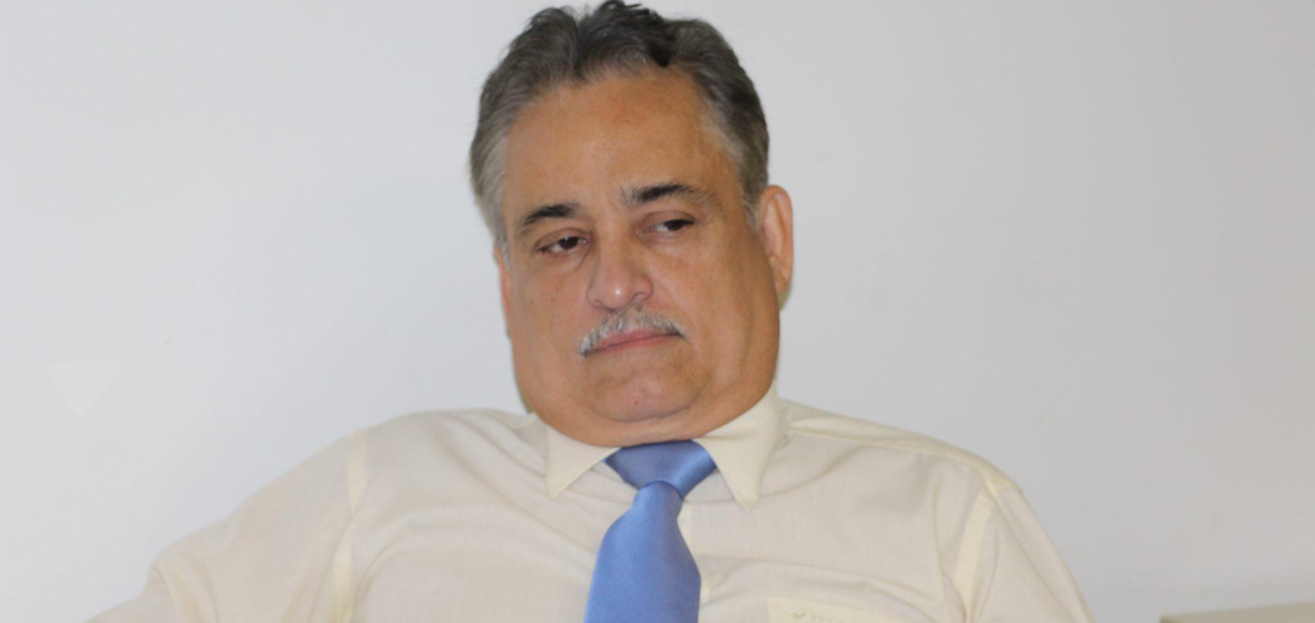 """""""Eu só saio do DEM se o Átila for presidente"""", diz Robert Rios"""