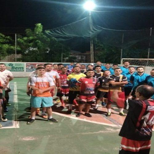 PICOS  Campeonato em parceria com a Semel levou grande número de torcedores á quadra do bairro Pedrinhas