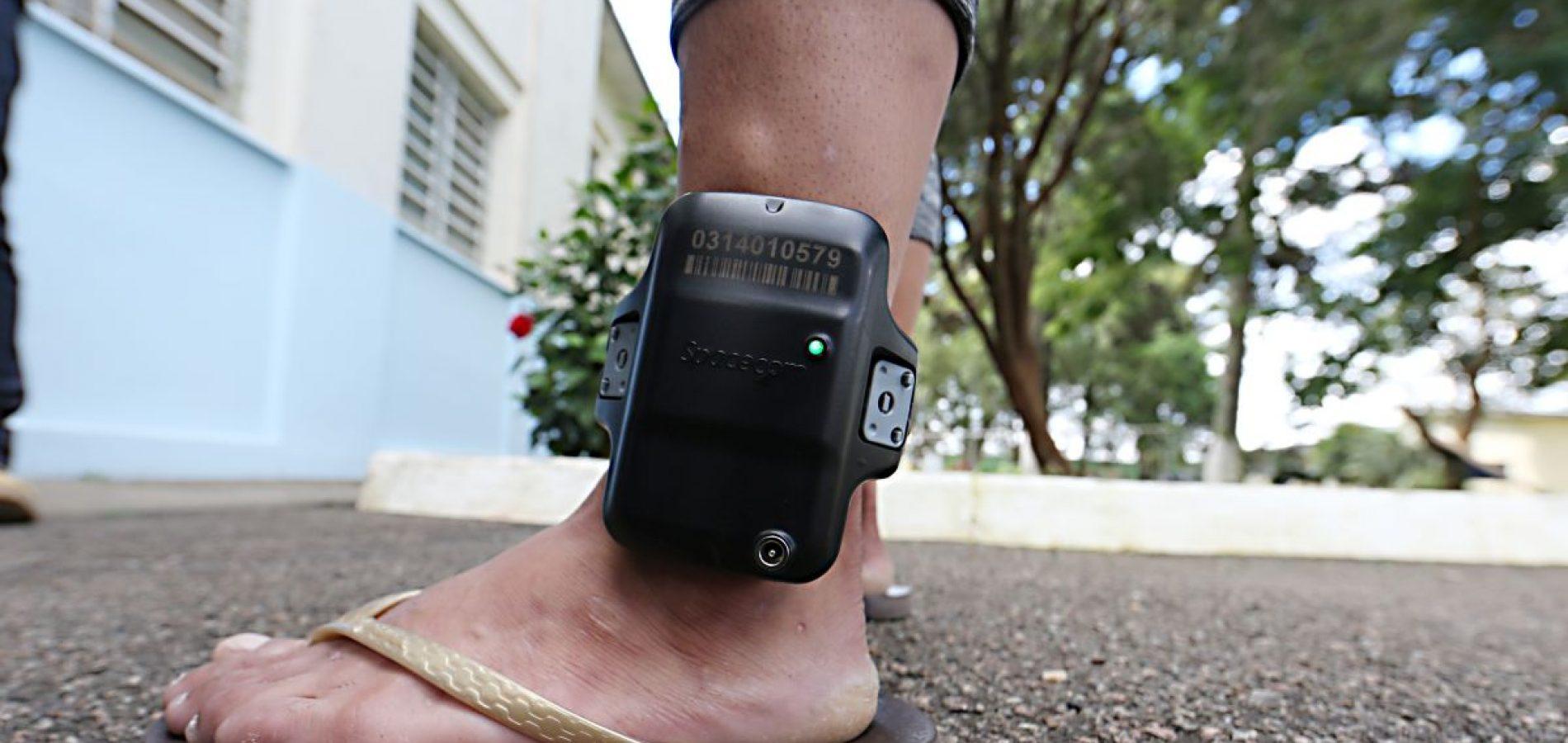 Por superlotação de presídio, entidades querem soltura de presos com tornozeleiras