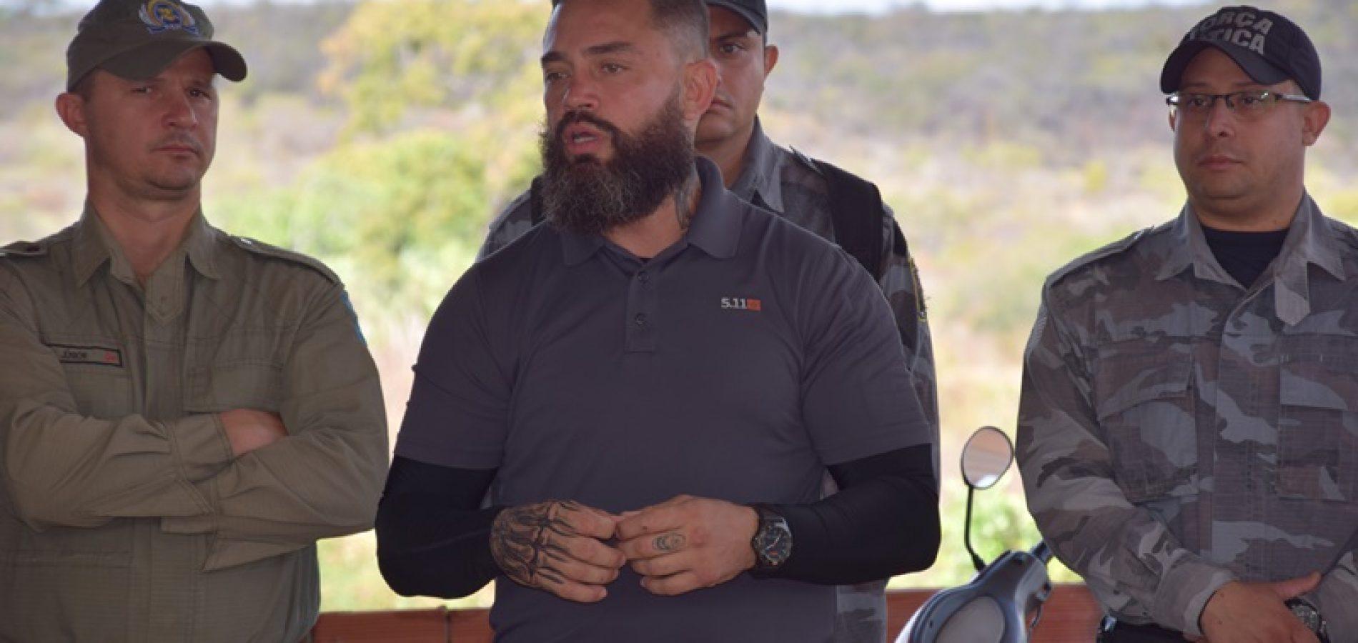 Policiais militares e civis participam de treinamento de retenção e contra-retenção em Picos