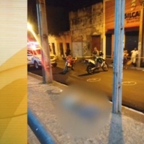 Morador de rua é perseguido e assassinado com cinco tiros no Piauí