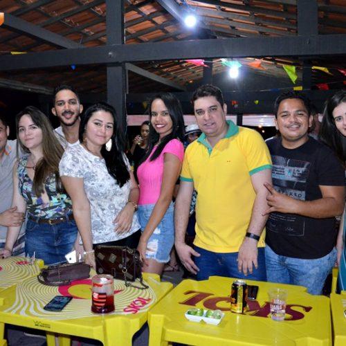 GENTE EM EVIDÊNCIA | Veja quem curtiu a noite de sábado no Galo Beer Bar & Restô em Jaicós