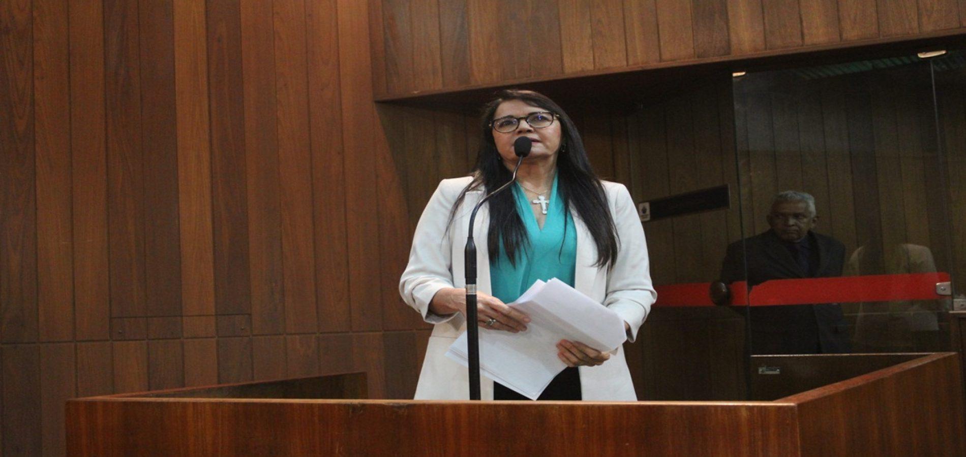 Deputada Teresa Britto repercute na Assembleia relatório do CRM sobre Evangelina Rosa