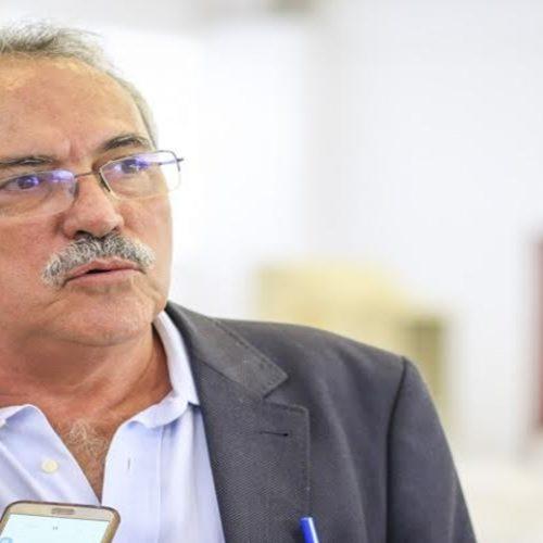 """Deputado diz que não esperava expulsão de partido e que decisão foi """"autoritária"""""""