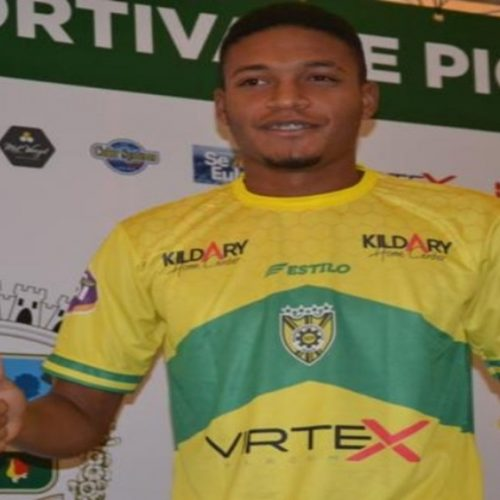 PICOS |  Jogador da SEP é contratado por futebol europeu