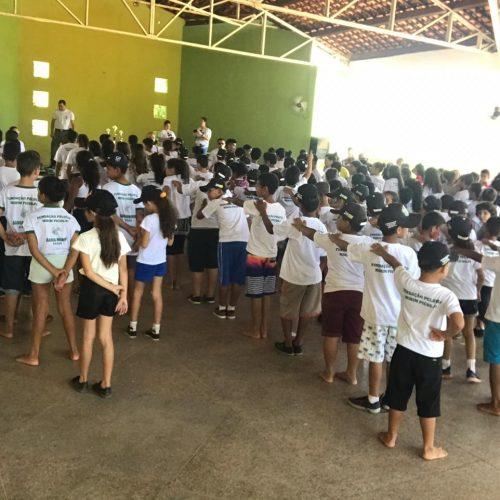 Organização do Pelotão Mirim proporciona dia de lazer para crianças carentes de Picos