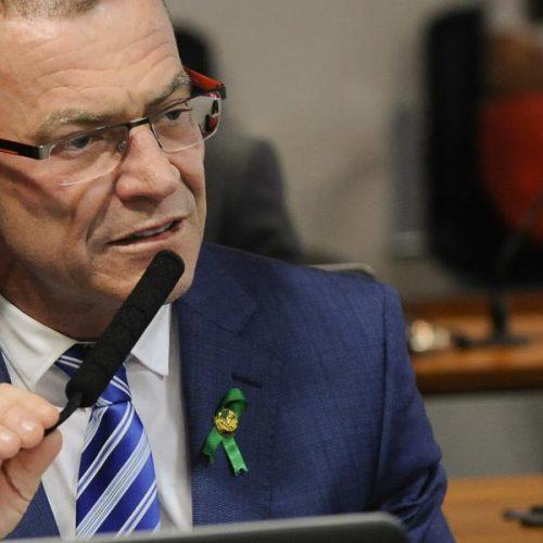 Senador questiona na justiça decreto que suspendeu radares pela PRF