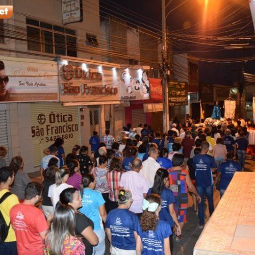 Festejo da Padroeira de Picos é aberto, oficialmente, com procissão e hasteamento de bandeira
