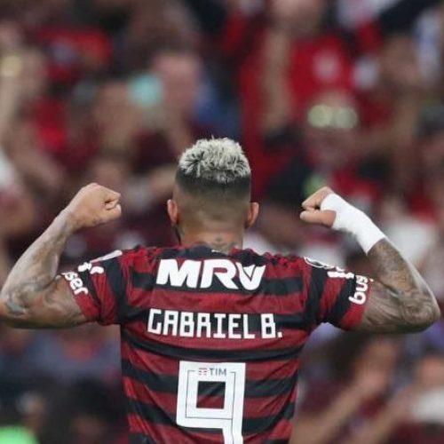 Gabriel conquista protagonismo no Flamengo e ganha elogios