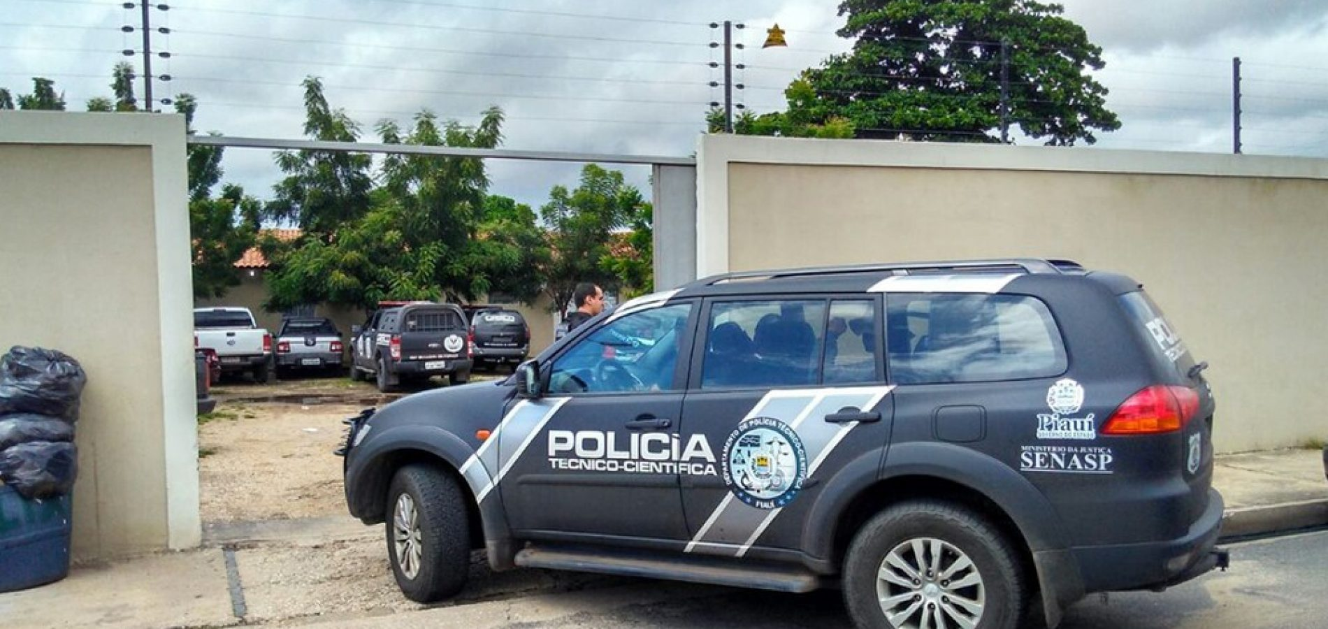 Três suspeitos de aplicar golpes bancários são presos tentando trocar cheques no Piauí