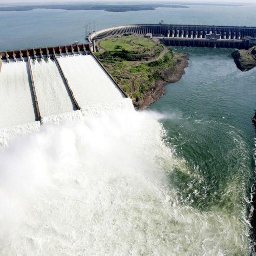 Brasil e Paraguai cancelam ata sobre compra de energia de Itaipu