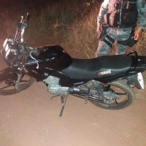 Bandidos roubam moto de entregador de pizza e usam-na em segundo assalto em Picos