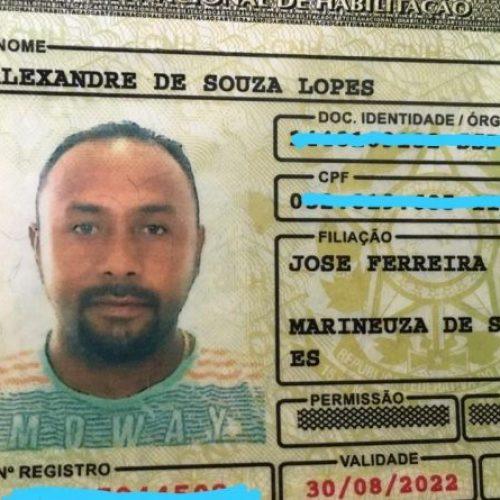 Motociclista morre em acidente e autoridades procuram familiares no Piauí