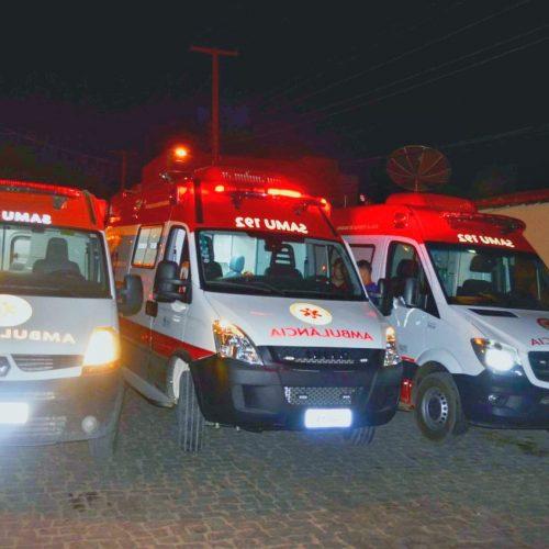 Prefeito de Jaicós viaja 2,5 mil km para trazer nova ambulância e é recebido com carreata