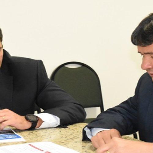 Governo do Piauí e BNDES firmam parceria para projetos de transportes
