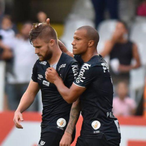 Santos quebra jejum, derrota o CSA por 2 a 0 e continua na briga pelo título