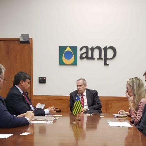 Wellington e presidente da ANP discutem extração de gás e petróleo no Piauí
