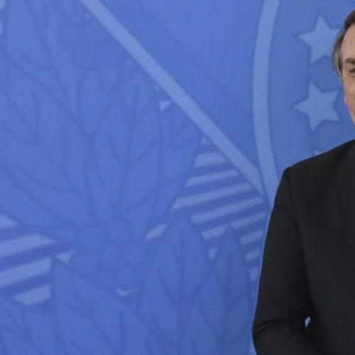 Bolsonaro veta exigência de serviço de psicologia em escolas públicas