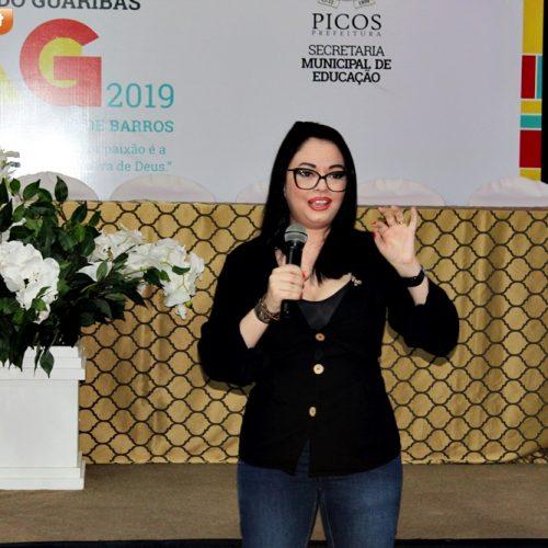 Em Picos, escritora Kenya Diehl fala sobre autismo e emociona participantes no SaLiVaG 2019