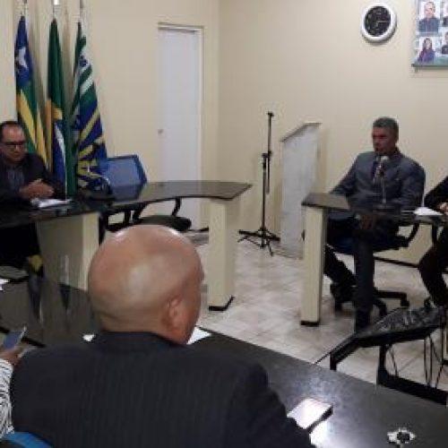 Câmara Municipal de Santana realiza sessão e aprova projeto de lei da prefeitura
