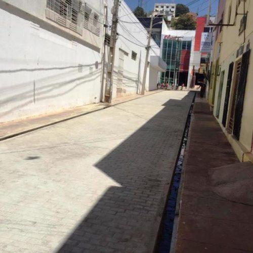 PICOS   Espaço para vendedores ambulantes está pronto e boxes estão sendo fabricados