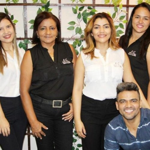 JAICÓS   Salão A&C Destak passa a oferecer novos serviços; Cabeleireiro Heris Santos atende com micro pigmentação labial e fio a fio; confira!