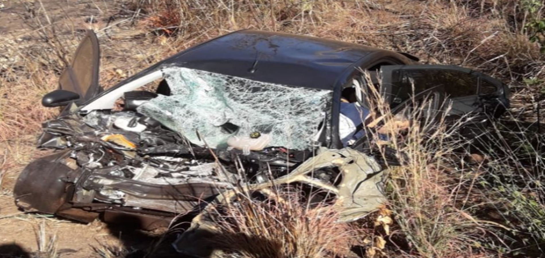 Irmãos piauienses morrem em grave acidente na BR-135 na Bahia
