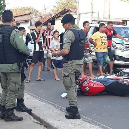 Jovem morre após pilotar motocicleta em alta velocidade e colidir em muro no Piauí