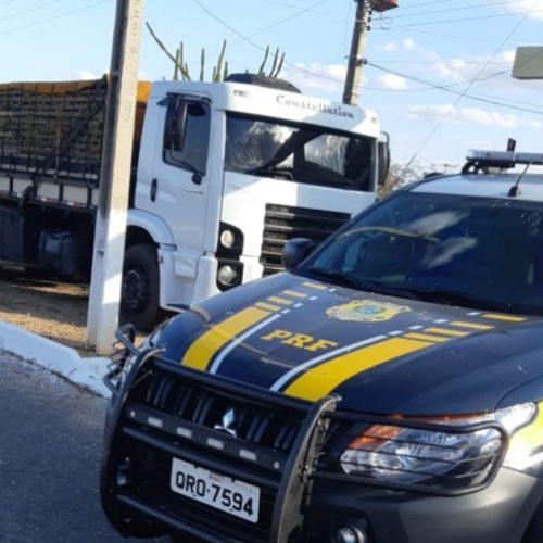 PRF recupera em Alegrete do Piauí mais um veículo adulterado e com ocorrência de roubo