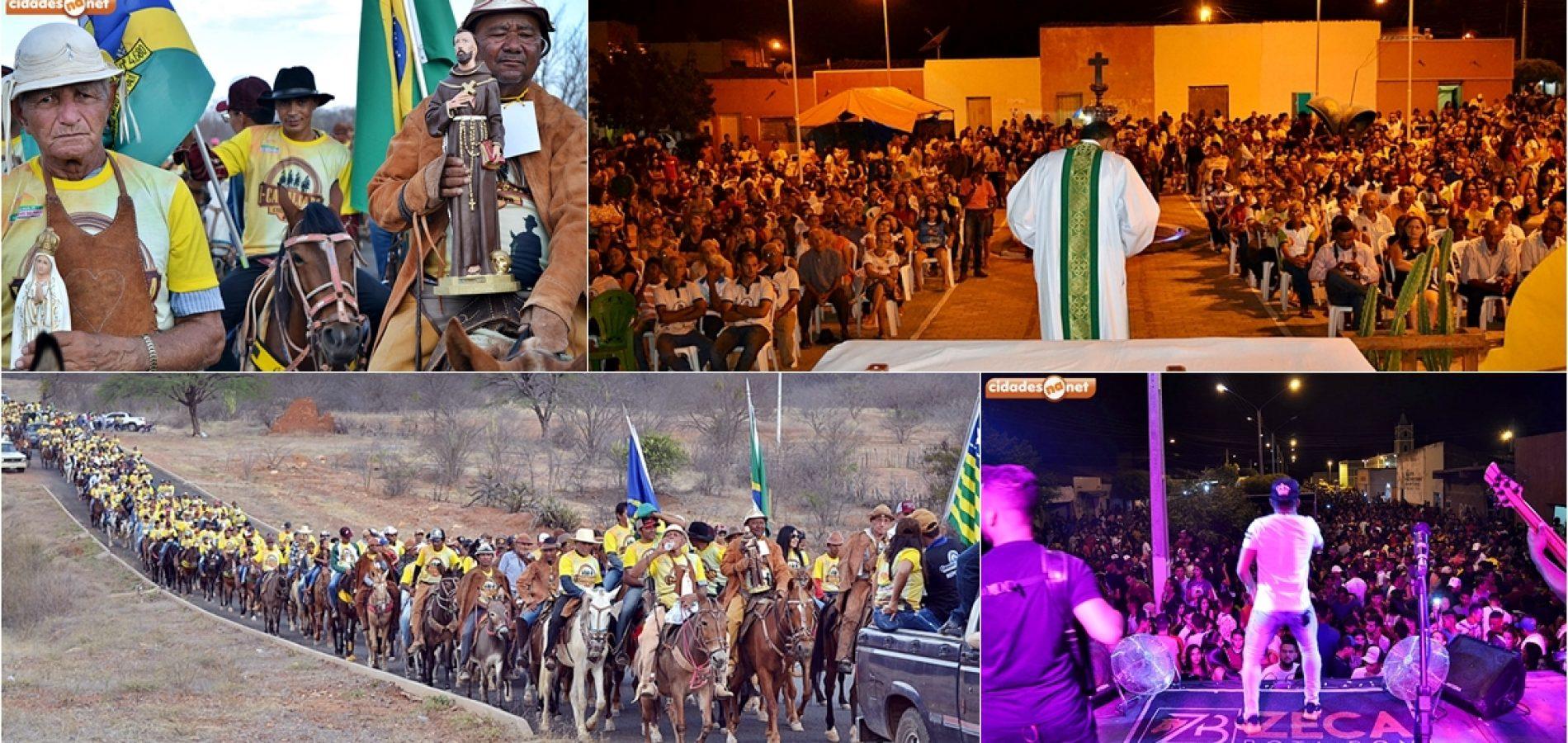 FOTOS | Cavalgada, missa e festa em homenagem aos vaqueiros em Curral Novo do Piauí