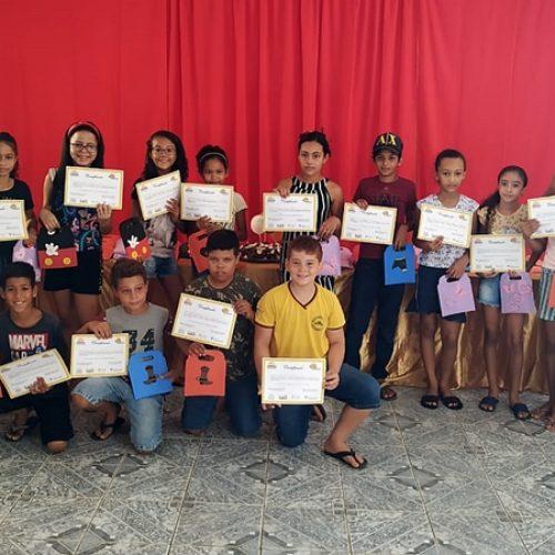 Social de Curral Novo realiza Oficina de Artesanato em EVA para crianças