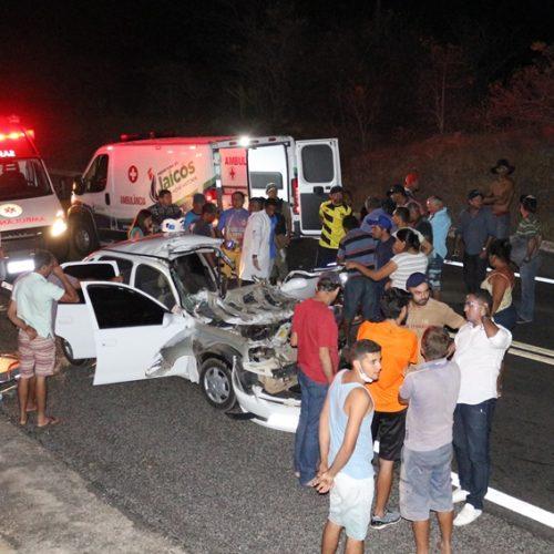 Três pessoas de Patos do Piauí morrem em grave acidente na BR 407