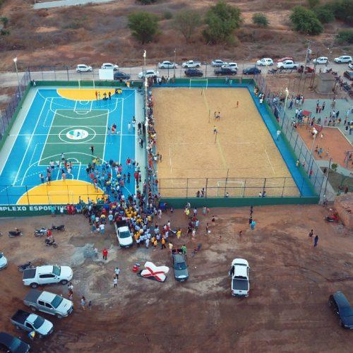 Comunidade da Cohab inaugura parte do Complexo Esportivo junto a obras da Prefeitura de Picos