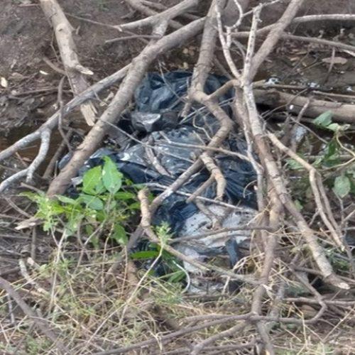 Corpo de jovem é encontrado amarrado em lona plástica no interior do Piauí