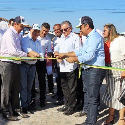 Em Jaicós, prefeito Neném de Edite inaugura obras ao lado do governador Wellington Dias