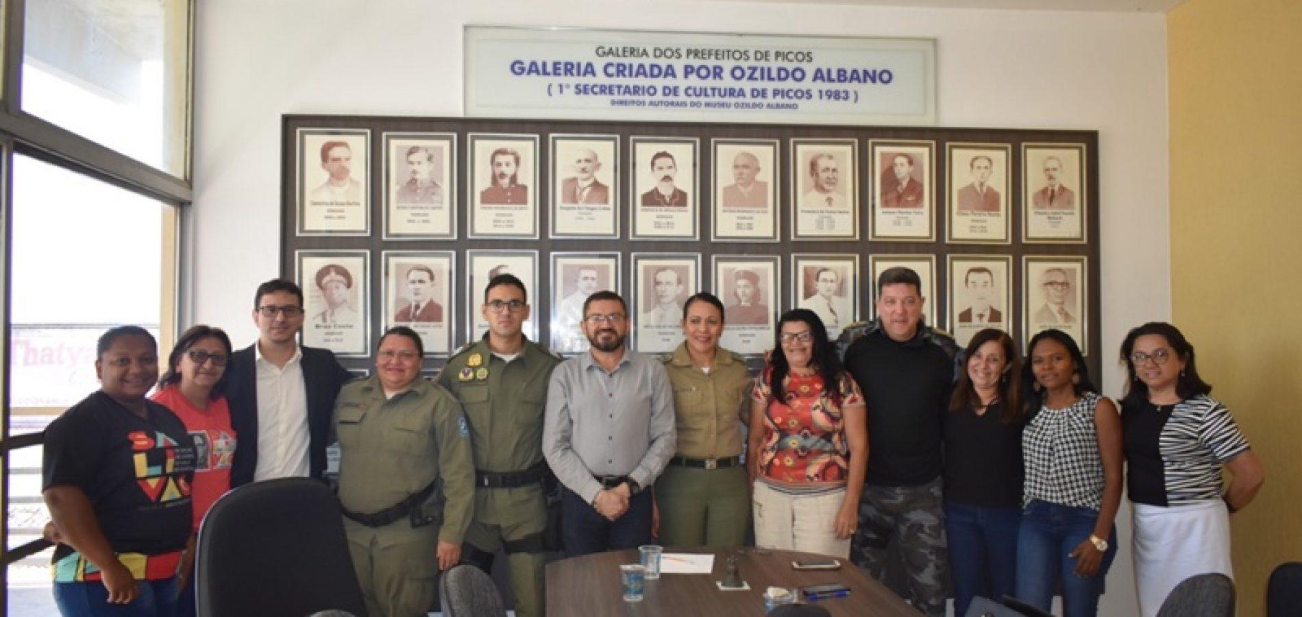 Prefeitura de Picos e PM assinam acordo para iniciar ações do Proerd nas escolas