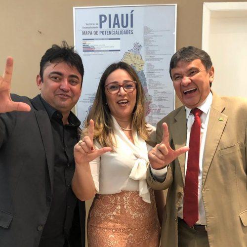 Em Teresina, prefeito de Alegrete solicita reforma de escola e construção de Polo UAB à W.Dias