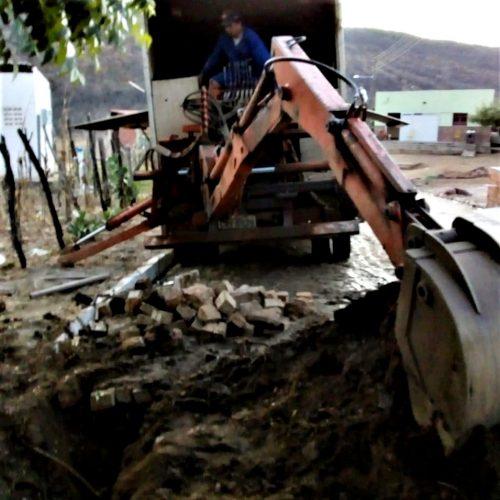 Após audiência, AGESPISA amplia rede de abastecimento em Santana do Piauí