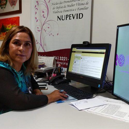 """""""Estamos assistindo um extermínio de mulheres"""", alerta promotora Amparo Paz"""